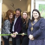 3 Cutting the Ribbon Rula Lenska, Paul Martin and Joanna May